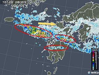 九州 かかり続ける活発な雨雲