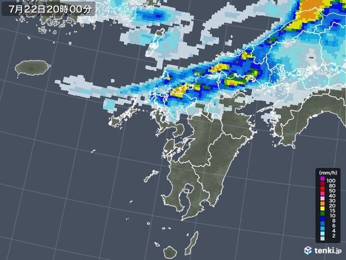 九州北部、夕方から一時激しい雨 九州南部は猛暑日