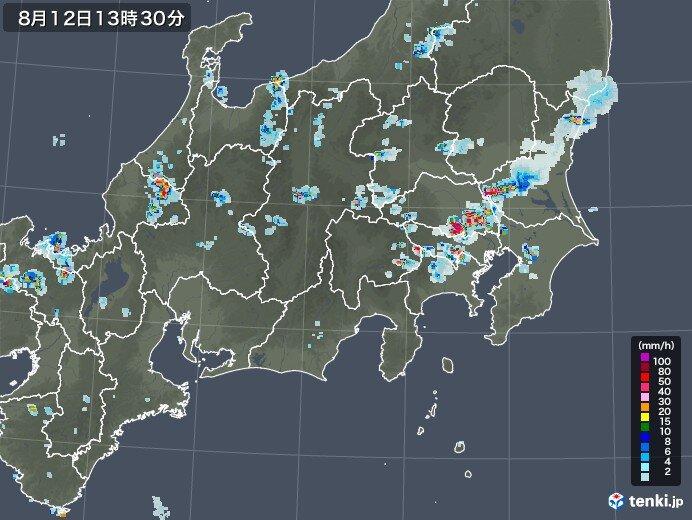 さいたま市 発達した雨雲かかり気温10℃近く下降