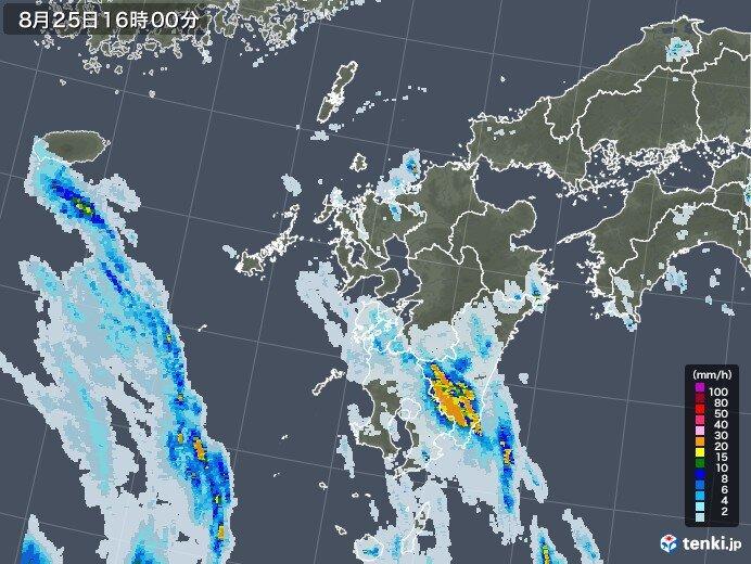 台風8号離れていても影響 九州に活発な雨雲