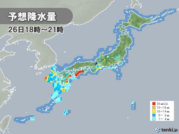 沖縄は今夜から26日まで、四国は26~27日にかけて大雨のおそれ