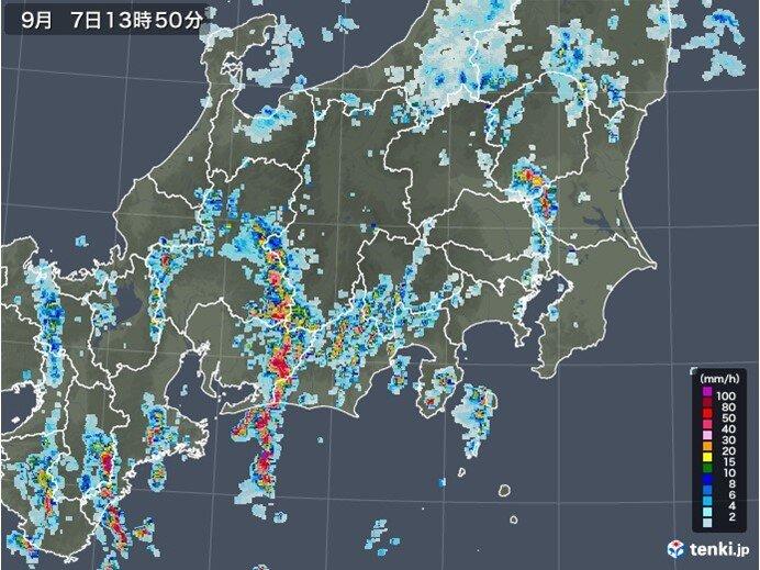 関東 活発な雨雲発生中