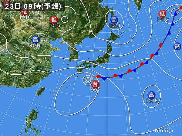 台風12号周辺の湿った空気 秋雨前線の活動が活発に