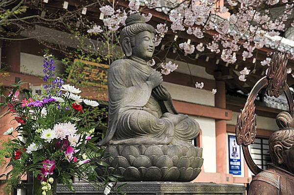 4月8日は「花祭り」~お釈迦さま...