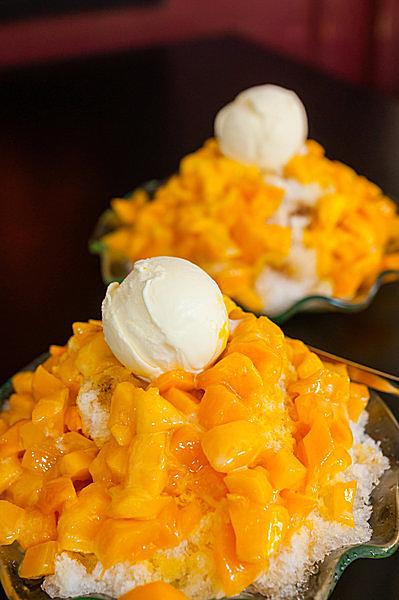 台湾定番のマンゴーかき氷も根強い人気