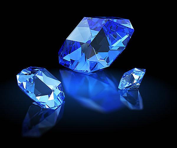 知恵の宝石?誠実さの象徴? 9月の誕生石・サファイアの物語