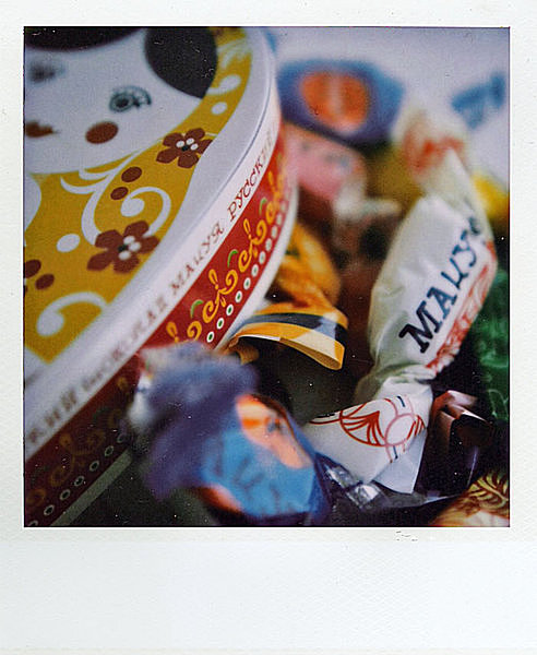 ラッピングも可愛い、ロシア風のチョコレートやキャンディ
