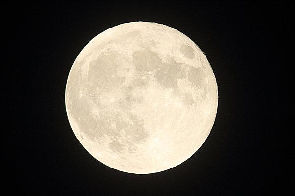 中国で「円満・完璧」の象徴とされる満月