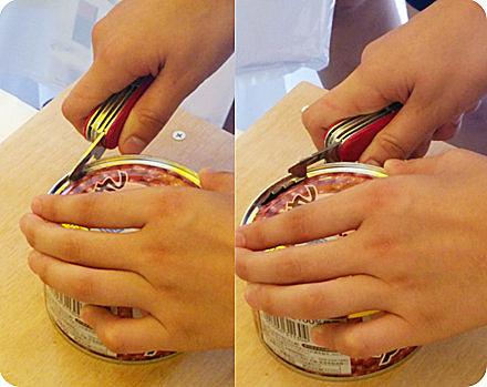 最近の子供達は「缶切り」を使えない!?実際に試してみた!_画像