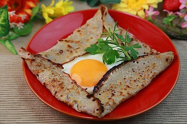 手軽にできる蕎麦クレープ。朝食にいかが