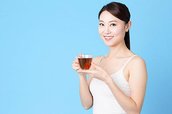 あずき茶を飲んで体の中から美しくなりましょう