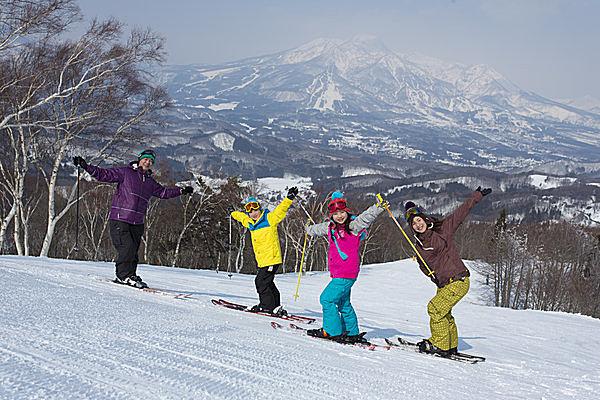 家族共通の趣味を持とう @タングラムスキーサーカス(長野)