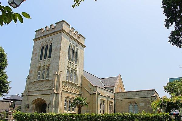 イギリスのお城を思わせる印象的な主聖堂