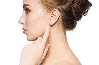 3月3日は「耳の日」。耳垢って動くの? めまいの原因は耳にある? 耳の話アラカルト