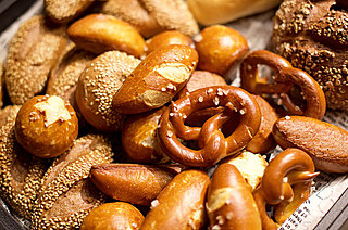 4月12日は「パンの日」! 日本独自の進化を遂げた「パン文化」をひも解く