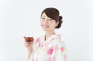 熱中症対策にも!夏の定番「麦茶」は、熱さ対策に優れた飲料水だった!