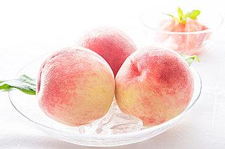 魔物を追い払う神聖な果物?栄養たっぷりの桃を食べて、夏の暑さを乗り切ろう!