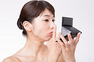 夏の肌トラブル!「毛穴の開き」の正しいケア方法