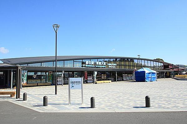 新しくてきれいな「道の駅 常陸大宮」の外観