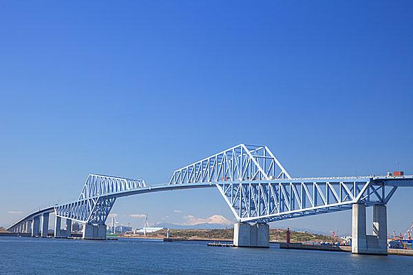 視界の先には、東京ゲートブリッジと富士山も!