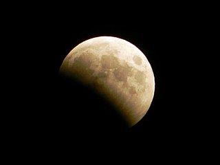 きたる4月4日は、月が地球の影にすっぽり入る皆既月食の日!