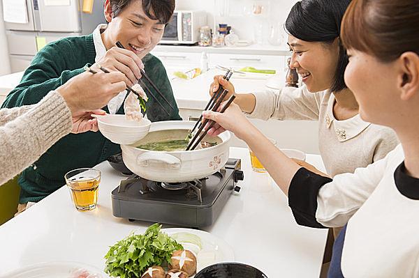 鍋の季節到来!今年のトレンドは?鍋についての情報をお届けします