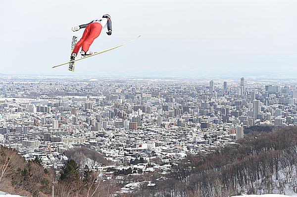 勇気ある挑戦者がつないだスキージャンプの歴史
