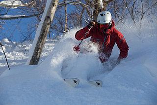 スキー&スノーボードで話題急騰の「パウダーゾーン」。穴場はファミリーゲレンデ?!