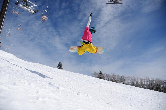 抜群のパウダースノーが自慢の万座温泉スキー場