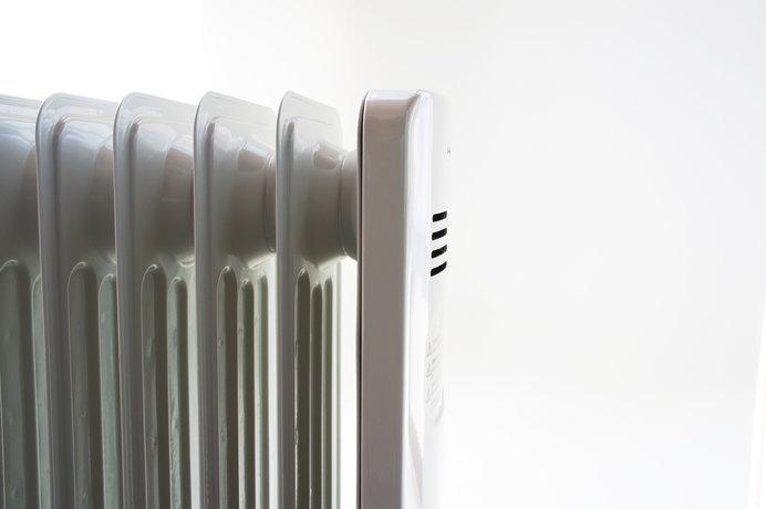狭いトイレにはスマートで安全な暖房器具がおススメ