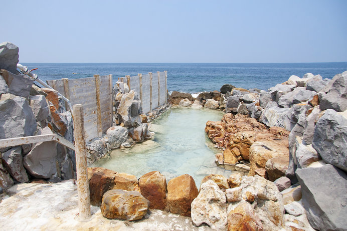 歴史上の人物もココに入ったかも……由緒ある白浜温泉