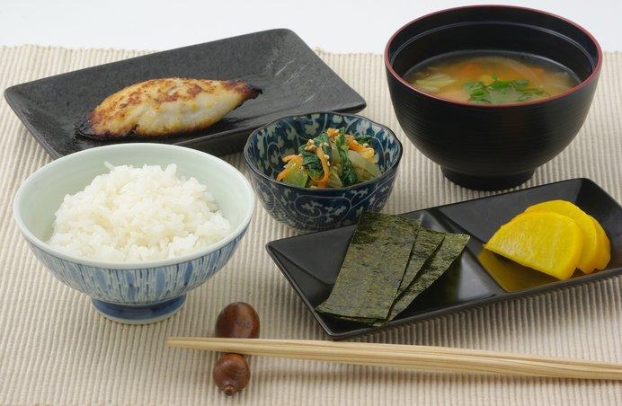 健康維持のために毎日の食卓に海苔を食べよう