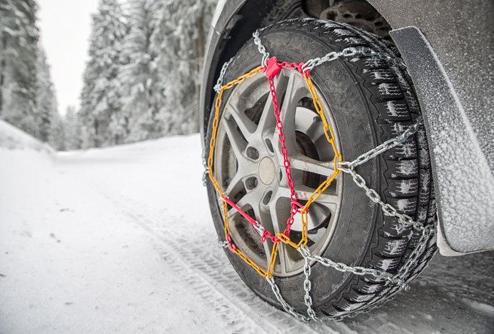 雪の日に備えてタイヤの準備をしていますか?