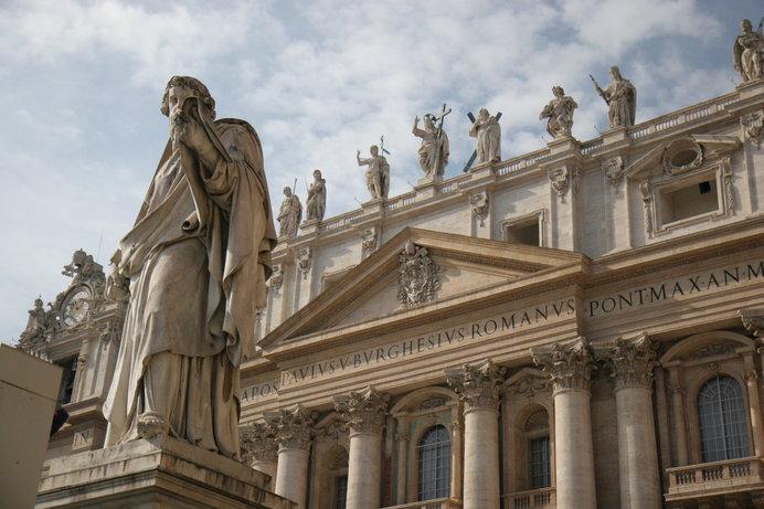 カトリックでは、司祭という役職の尊称が「神父」