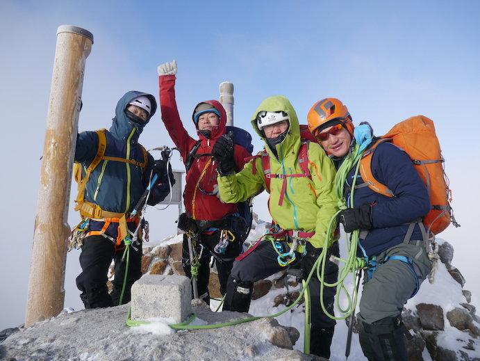 エベレスト隊がトレーニングの一環として登頂した赤岳