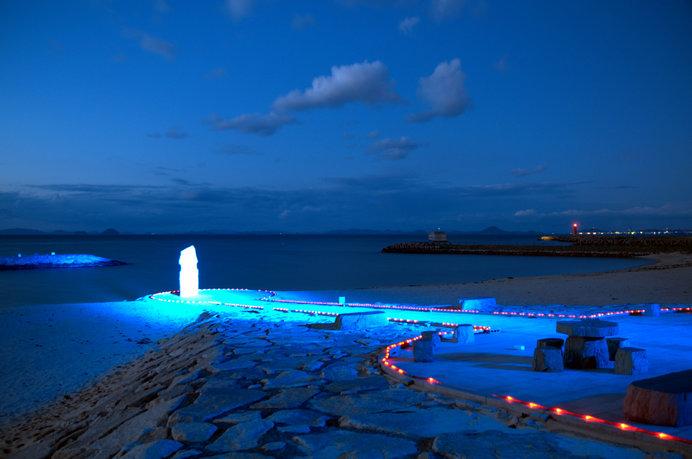 ロマンティックな雰囲気の「恋人岬」