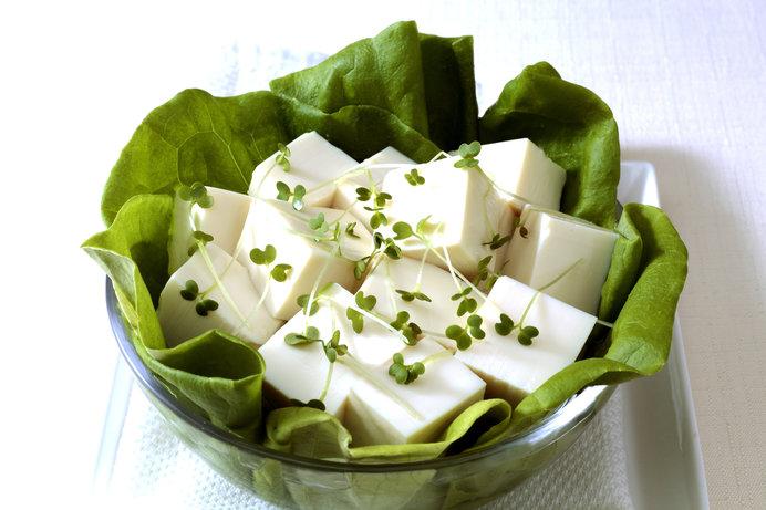 つるっとした食感も美味しい絹ごし豆腐は、材料を全部使います