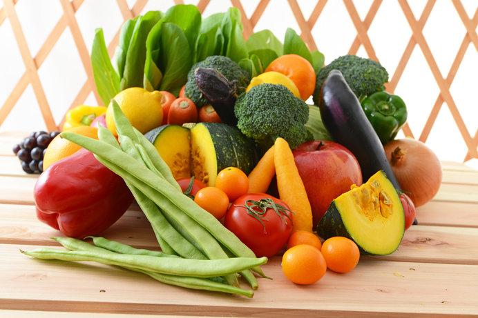 ソースにはさまざまな野菜や果実、はちみつや酢、香辛料などが含まれています(画像はイメージ)