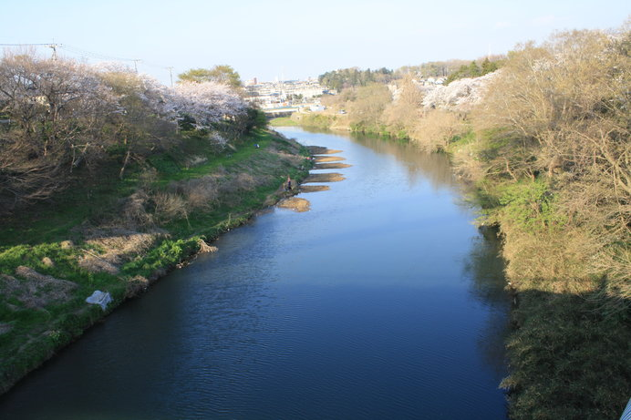 庄内藩が受け持ち、軟弱地盤を深く掘った弁天橋付近の花見川