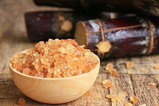 4月の第4日曜はサトウキビの日。サトウキビの歴史と黒糖の作り方