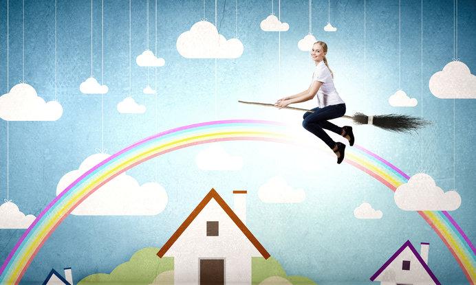 箒で雨雲を掃いて晴れにする。イメージするとこんな感じ?