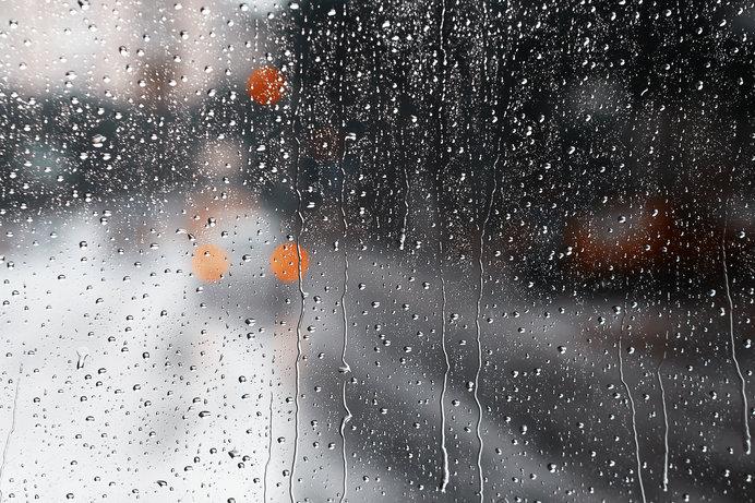 6月のやる気低下は気候のせい? 低気圧不調の対処法