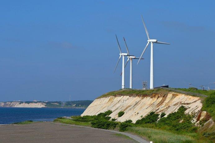 苫前町の風力発電「夕陽丘ウィンドファーム・風来望」