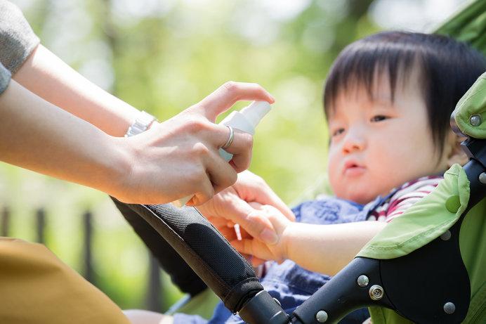 赤ちゃんにも使える虫よけスプレーで、虫刺されを予防しましょう