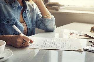 感謝の手紙を書くとポジティブ体質になれる!? 7月23日は「ふみの日」