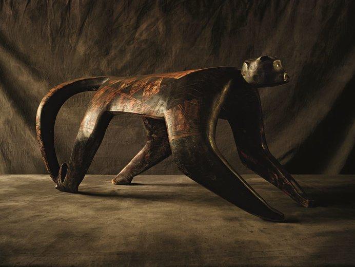 カマルヘ作(メイナク)《サル》 ⓒ BEĨ collection/ by Andreas Heininger