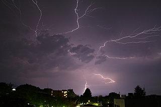 「知って得する季語」雷は雷でも、秋の雷「稲妻」って何だ?