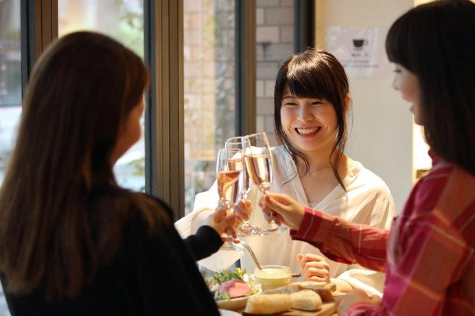茨木がバル街に! 食べ歩きやはしご酒を思う存分楽しみたい♪ ※画像はイメージ