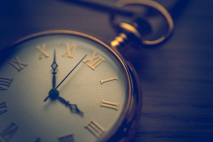 時間の心理的な長さは、年齢に反比例すると考えられています