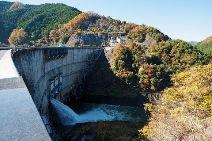 アーチ式コンクリートダム「矢作ダム」も必見!